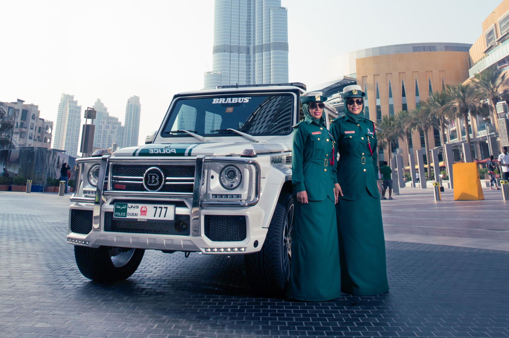 Dubai women2