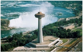 Skylon-Tower-at-Niagara-Falls