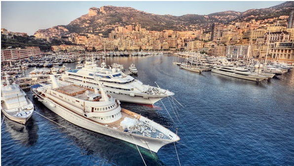 Yacht-Cruise-in-French-Riviera