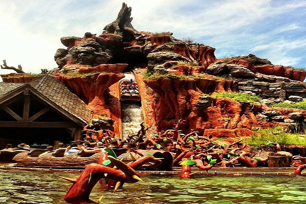 Splash-Mountain-Ride
