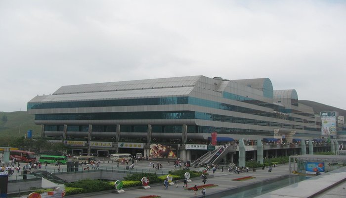 rsz_shenzhen_shopping_center_china_hong_kong_border