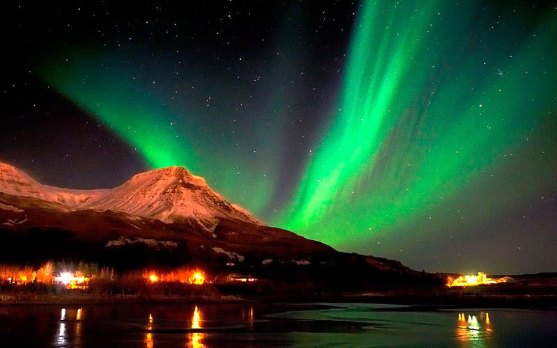 rsz_seeing-the-northern-lights-for-a-romantic